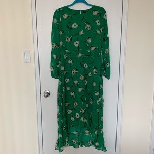 Gorgeous floral dress with long sleeve, hi lo hem